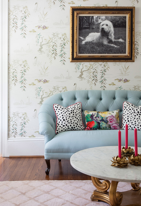 Traditional scheme with pale blue sofa