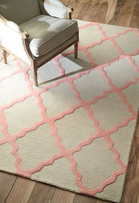 Traditional scheme with pale pink rug