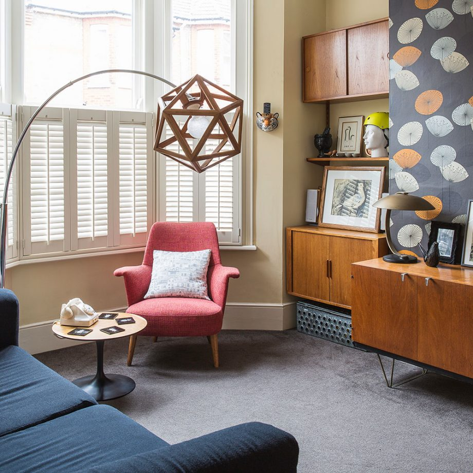 Living Room with vintage cushions