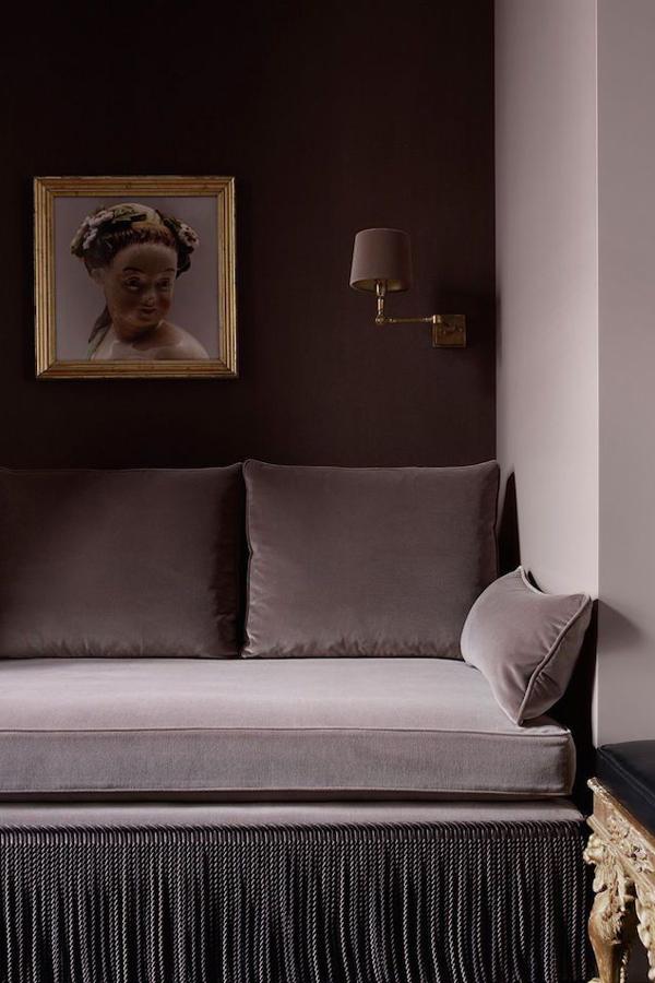 Dark mauve sofa in velvet fabric