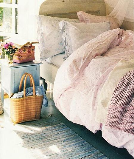 Bedroom scheme in pastel shades
