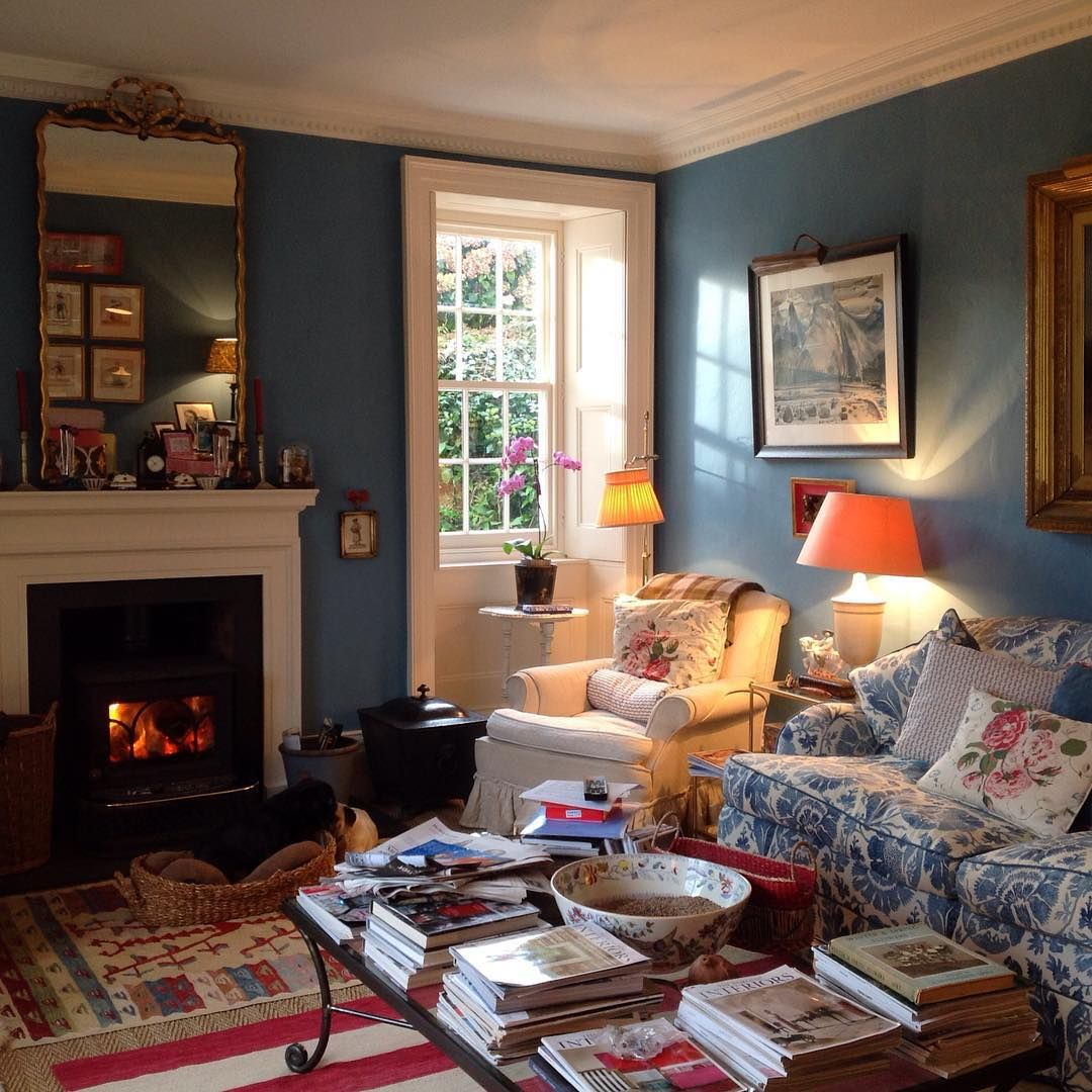 Traditional Cottage Sitting Room