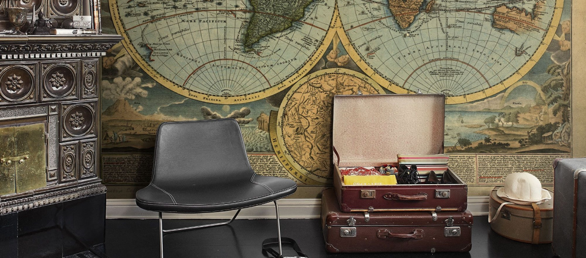 Antique world map wall moral