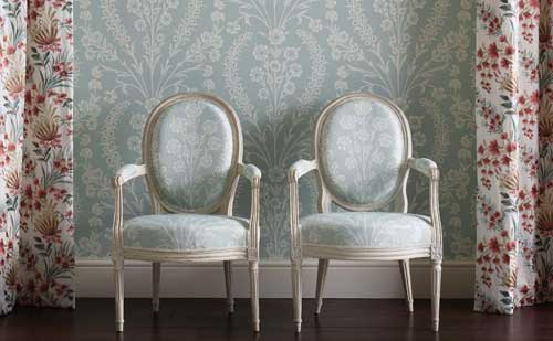 Blue and cream damask wallpaper