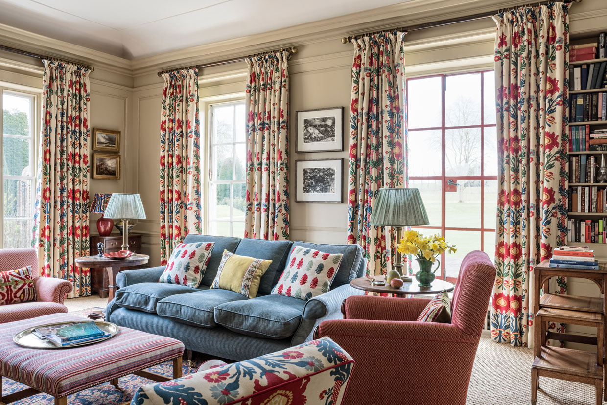 Red and Blue Drawing Room