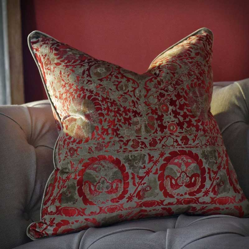 Red Room Decor Ideas