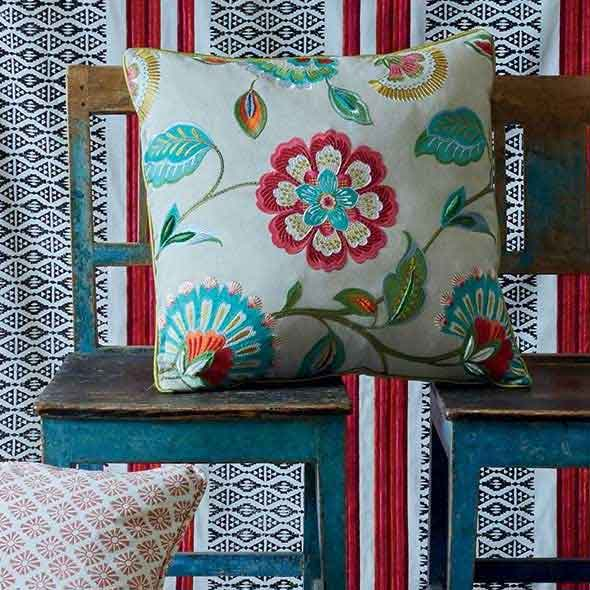 How to Use Floral Fabrics
