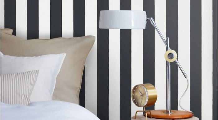 Black and White Vertical Striped Wallpaper